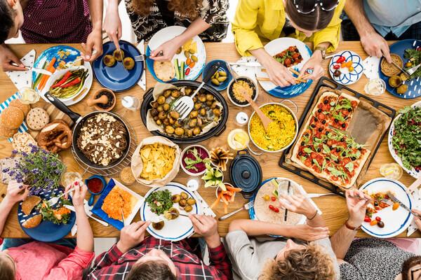 Mat som alla kan ta del av på festen