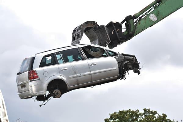Skrota din bil miljövänligt!
